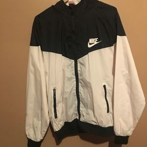 Black and White Nile Windbreaker